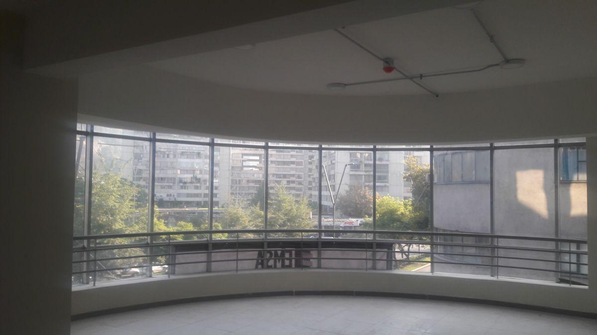 Arriendo departamentos providencia metro salvador for Arriendo oficina providencia